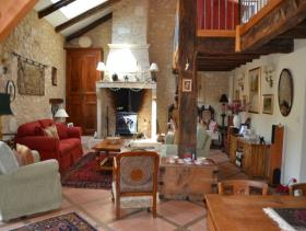 Image No.9-4 Bed Farmhouse for sale