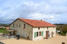 Blanzac-Porcheresse, Villa / Detached
