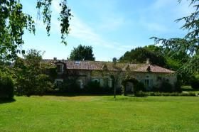 Mareuil, Country Property