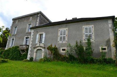 1 - Ribérac, Mansion