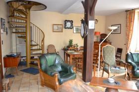 Image No.5-Maison de village de 4 chambres à vendre à Ribérac