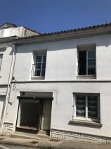 Image No.0-Maison de ville de 4 chambres à vendre à Montguyon