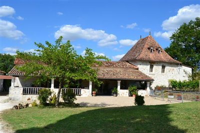 1 - Saint-Aulaye, Country House