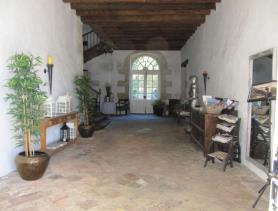 Image No.5-14 Bed Chateaux for sale