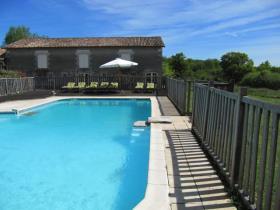 Image No.1-Châteaux de 14 chambres à vendre à Saint-Aulaye
