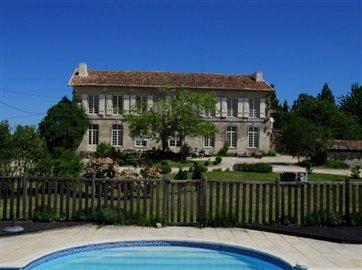 1 - Saint-Aulaye, Chateaux