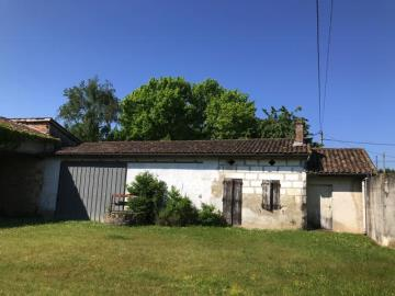 Old-house-and-barn
