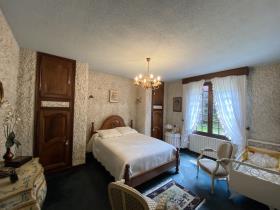 Image No.9-Maison de 5 chambres à vendre à Saint-Aigulin