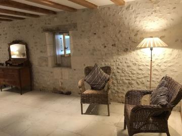 Downstairs-Bedroom-seating