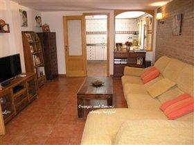 Image No.32-6 Bed Villa for sale