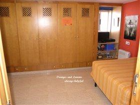 Image No.44-6 Bed Villa for sale