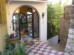 Image No.11-3 Bed Villa for sale