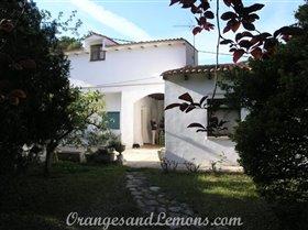Image No.0-5 Bed Villa for sale