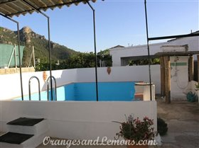 Image No.9-Villa de 2 chambres à vendre à Marxuquera