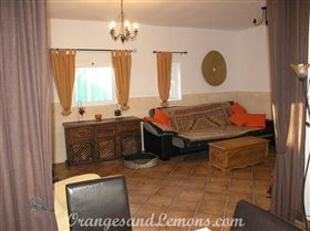 Image No.45-Villa de 2 chambres à vendre à Marxuquera