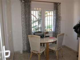 Image No.42-5 Bed Villa for sale