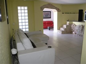 Image No.48-5 Bed Villa for sale