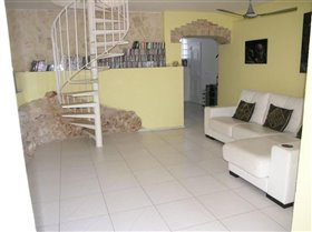 Image No.57-5 Bed Villa for sale