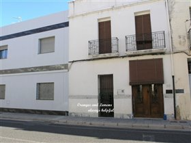 Image No.1-Maison de village de 5 chambres à vendre à Beniarjo