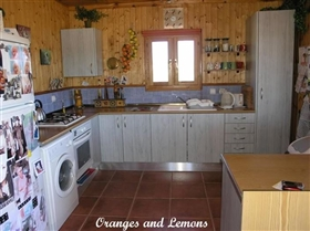 Image No.29-3 Bed Chalet for sale