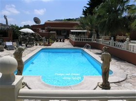 Image No.0-Villa de 4 chambres à vendre à Villalonga