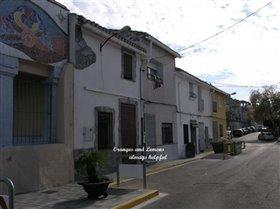 Image No.0-Maison de campagne de 3 chambres à vendre à Beniarjo