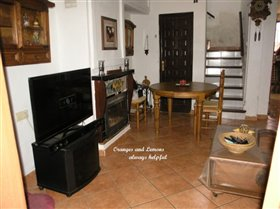 Image No.2-Maison de campagne de 3 chambres à vendre à Beniarjo