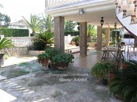 Image No.2-Villa de 4 chambres à vendre à Oliva