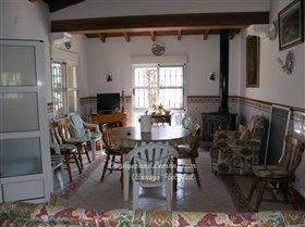 Image No.4-Villa de 4 chambres à vendre à Oliva