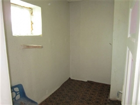 Image No.15-3 Bed House for sale