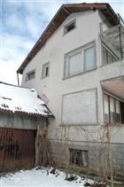 Image No.6-Propriété de 4 chambres à vendre à Slivo Pole