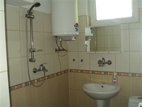 Image No.15-4 Bed Property for sale