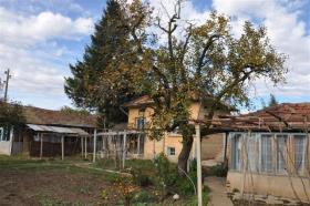 Image No.4-Maison de village de 2 chambres à vendre à Rusalya