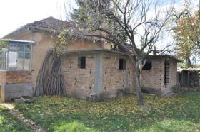 Image No.5-Maison de village de 2 chambres à vendre à Rusalya
