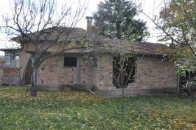 Image No.6-Maison de village de 2 chambres à vendre à Rusalya