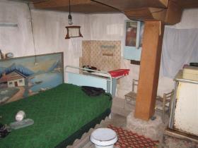 Image No.13-Maison de village de 2 chambres à vendre à Rusalya