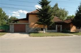 Image No.1-Propriété de 4 chambres à vendre à Ruse