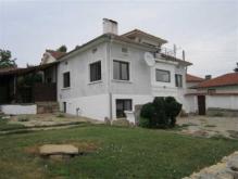 Image No.1-Maison de 4 chambres à vendre à Dobromirka