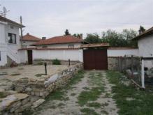 Image No.3-Maison de 4 chambres à vendre à Dobromirka