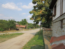 Image No.2-Propriété de pays de 3 chambres à vendre à Yalovo