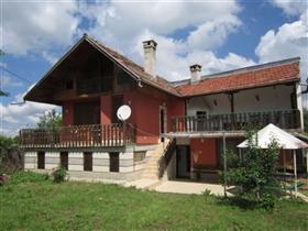 Image No.0-Maison de 4 chambres à vendre à Plakovo