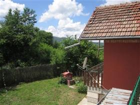 Image No.5-Maison de 4 chambres à vendre à Plakovo
