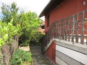 Image No.6-Maison de 4 chambres à vendre à Plakovo