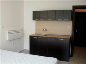Image No.3-Propriété de 1 chambre à vendre à Sandanski