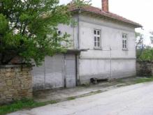 Karaivantsa, Property