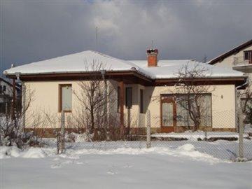 1 - Kostenets, Property