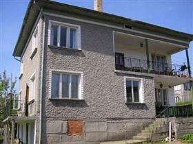 Image No.0-Propriété de 4 chambres à vendre à Vetovo