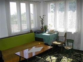 Image No.2-Propriété de 4 chambres à vendre à Vetovo