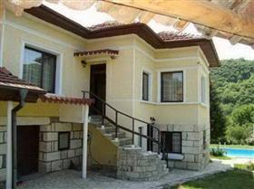 Image No.1-Propriété de 5 chambres à vendre à Ivanovo