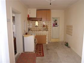 Image No.9-Propriété de 3 chambres à vendre à Batishnitsa